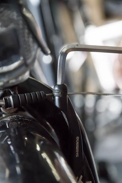 Bremszüge am Fahrrad wechseln und erneuern