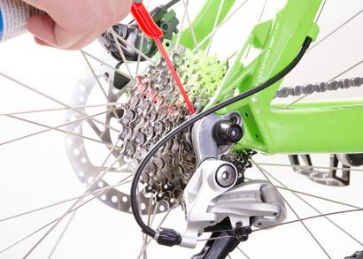Fahrradkette richtig schmieren und ölen