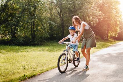 kinder-fuer-den-strassenverkehr-richtig-erziehen